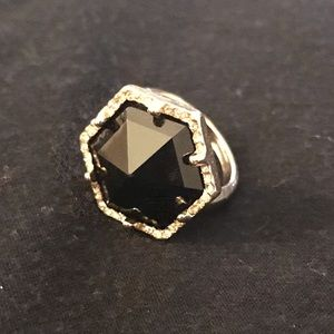 Black and gold stone ring